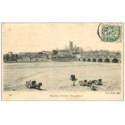 carte postale ancienne 58 NEVERS. Les charrettes pour charger le sable 1907