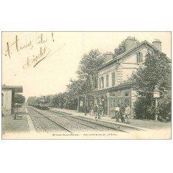 carte postale ancienne 60 BETHISY-SAINT-PIERRE. La Gare avec Locomotive et Train 1904