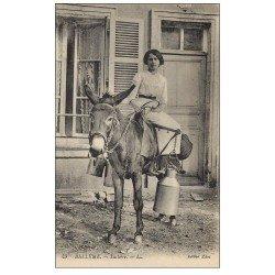 carte postale ancienne 61 BELLEME. Laitière sur un Ane. Vieux Métiers