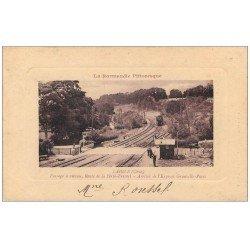 carte postale ancienne 61 LAIGLE L'AIGLE. Train Passage à niveau Route Ferté-Fresnel 1916