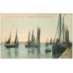 carte postale ancienne 62 BOULOGNE-SUR-MER. Départ pour la Pêche aux Harengs. Métiers de la Mer