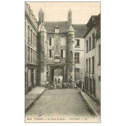 carte postale ancienne 62 CALAIS. Porte de Guise caves Delecher