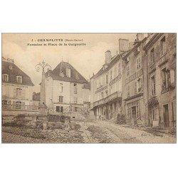 """70 CHAMPLITTE. Enfant sur la Fontaine Place Gargouille 1923. Tricycle """""""" Au Planteur de Caïffa """""""" Etablissement économique"""