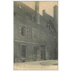 carte postale ancienne 71 CHALON-SUR-SAONE. Ecole Association des Anciens Elèves. Animation aux fenêtres