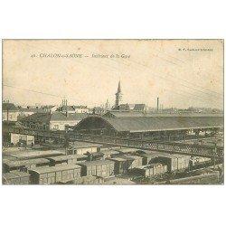 carte postale ancienne 71 CHALON-SUR-SAONE. Wagons à l'intérieur de la Gare