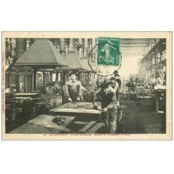 carte postale ancienne 71 LE CREUSOT. Atelier Forage à la main 1909. Usines Schneider