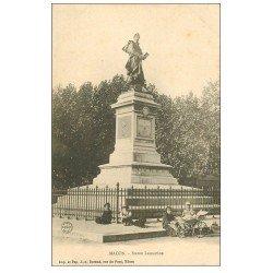 carte postale ancienne 71 MACON. Enfants et pousette de poupée au pied Statue Lamartine vers 1900