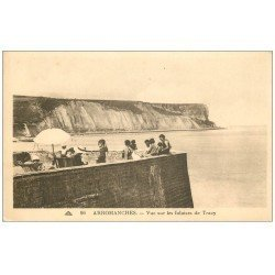 carte postale ancienne 14 ARROMANCHES. Animation Falaises de Tracy