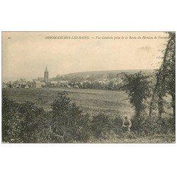 carte postale ancienne 14 ARROMANCHES. Personnage Route du Hameau de Fontaine