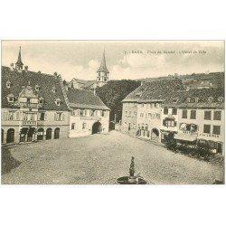 carte postale ancienne 67 BARR. Place du Marché Hôtel de Ville