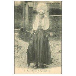 carte postale ancienne 14 BAYEUX. Bayeusaine en Costume de 1850