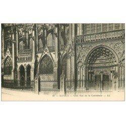 carte postale ancienne 14 BAYEUX. Cathédrale Portail côté sud 48