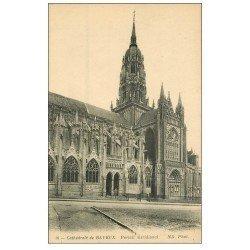 carte postale ancienne 14 BAYEUX. Cathédrale Portail n°10