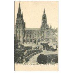 carte postale ancienne 14 BAYEUX. Cathédrale prise de l'Evêché