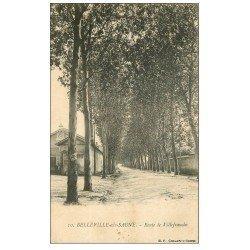 carte postale ancienne 69 BELLEVILLE-SUR-SAÔNE. Route de Villefranche vers 1900