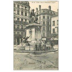 carte postale ancienne 69 LYON. Belle animation Place Ampère 1903