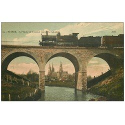 carte postale ancienne 14 BAYEUX. Locomotive et Train sur Viaduc de l'Aure
