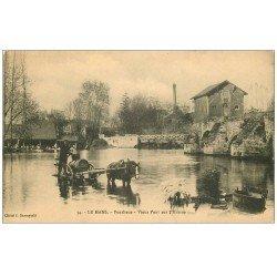 carte postale ancienne 72 LE MANS. Attelage Pompe à Eau à Pontlieue. Vieux Pont sur l'Huisne 1915