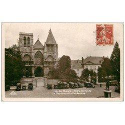 carte postale ancienne 72 LE MANS. Camions et voitures anciens Eglise et Préfecture 1938. Carte photo émaillographie