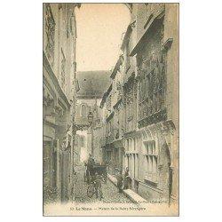 carte postale ancienne 72 LE MANS. Facteur en Vélocipède devant Maison Reine Bérengère