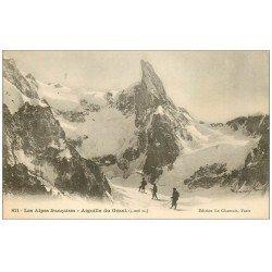 carte postale ancienne 74 AIGUILLE DU GEANT. Alpinistes Grimpeurs en cordée