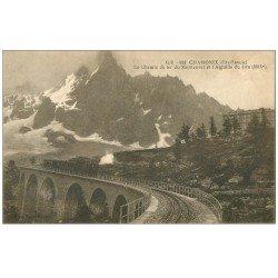 carte postale ancienne 74 CHAMONIX. Chemin de Fer Montenvers Aiguille Dru. Train à crémaillière