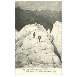 carte postale ancienne 74 CHAMONIX. Glacier Bossons. Alpinisme et Ascension