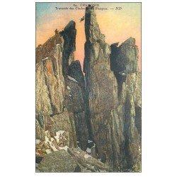 carte postale ancienne 74 CHAMONIX-MONT-BLANC. Traversée Clochetons Plampraz. Alpinistes