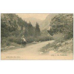 carte postale ancienne 74 EN TARANTAISE. Paysanne Cavalière en amazone 1915