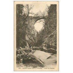 carte postale ancienne 74 SAINT-GERVAIS-LES-BAINS. Pont du Diable 1925 animation