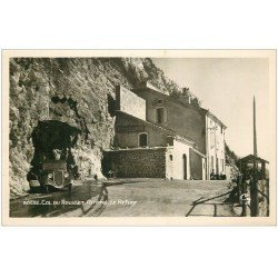 carte postale ancienne 26 COL DU ROUSSET. Lr Refuge voiture Traction avant. Carte Photo émaillographie