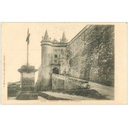carte postale ancienne 26 GRIGNAN. Porte du Château
