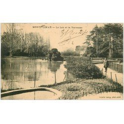 carte postale ancienne 26 MONTELIMAR. Lac et Terrasse 1924 avec personnage