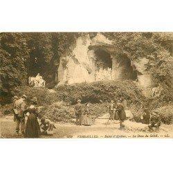 carte postale ancienne 78 VERSAILLES. Photographe appareil sur trépied aus Bains d'Apollon