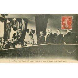 carte postale ancienne 78 VERSAILLES. Souverains Danois. Tribune Camp de Satory 1914