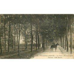 carte postale ancienne 78 MAISONS-LAFFITTE. Cavaliers Avenue Bailly au Parc 1923