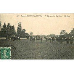 carte postale ancienne 78 MAISONS-LAFFITTE. Départ Starting-Gate aux Courses 1909