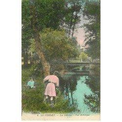 carte postale ancienne 78 LE VESINET. Jeu de cache-cache au Lac 1918