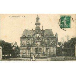 carte postale ancienne 78 LE VESINET. Animation à la Mairie 1914