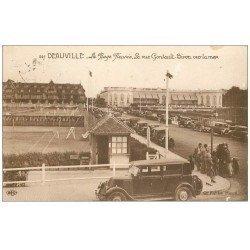 carte postale ancienne 14 DEAUVILLE. Cours de Tennis rue Gontault-Biron et voiture ancienne