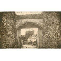 carte postale ancienne K. 78 CHEVREUSE. Dépendances Château de la Madeleine 1934
