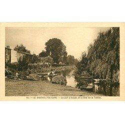 carte postale ancienne 79 ARCAIS. Le Port et le Bief de la Taillée. Marais Poitevin 1943