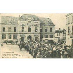 carte postale ancienne 79 LA MOTHE-SAINT-HERAY. Sortie de la Mairie des Rosières 1904