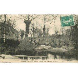 carte postale ancienne 79 L'ABSIE. Rocher branlant Vallée de la Sèvre Nantaise 1915