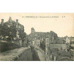 carte postale ancienne 79 THOUARS. Perspective de la Rue du Château