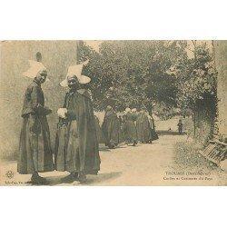 carte postale ancienne 79 THOUARS. Coiffes et Costumes du Pays 1917