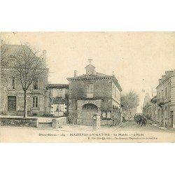 carte postale ancienne 79 MAZIERES-EN-GATINE. La Poste et la Mairie 1917