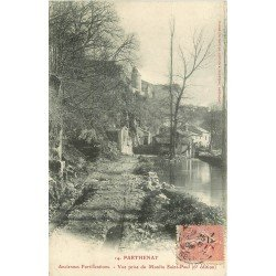 carte postale ancienne 79 PARTHENAY. Fortifications vue prise du Moulin Saint-Paul 1906