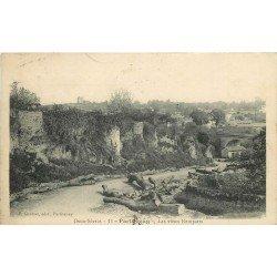 carte postale ancienne 79 PARTHENAY. Les Vieux Remparts 1916