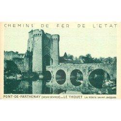 carte postale ancienne 79 PARTHENAY. Le Thouet Porte Saint-Jacques. Chemins de Fer de l'Etat Lavandières